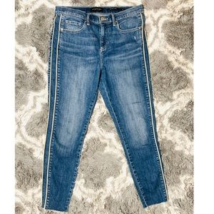 Banana Republic mid-rise skinny, side stripe Sz29